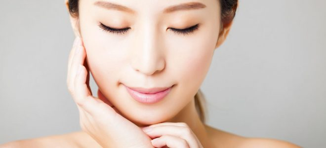 美容鍼女性イメージ
